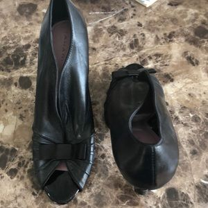 Tahari Dallas booties with bows. Great condition
